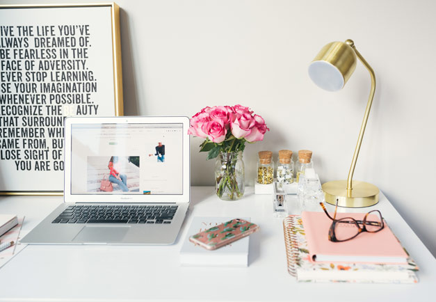 7 secrets to managing a blog while working a full time job